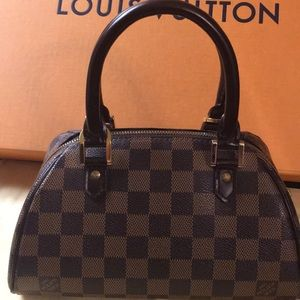 Authentic Louis Vuitton Rivera Damier